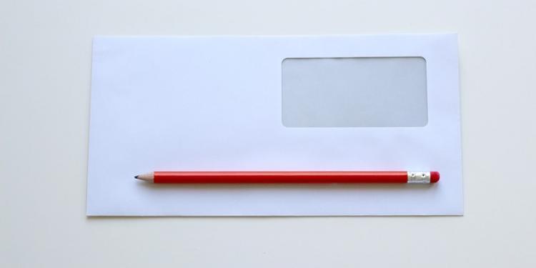 Hacienda envía cartas a declarantes de IVA anunciando posibles revisiones.